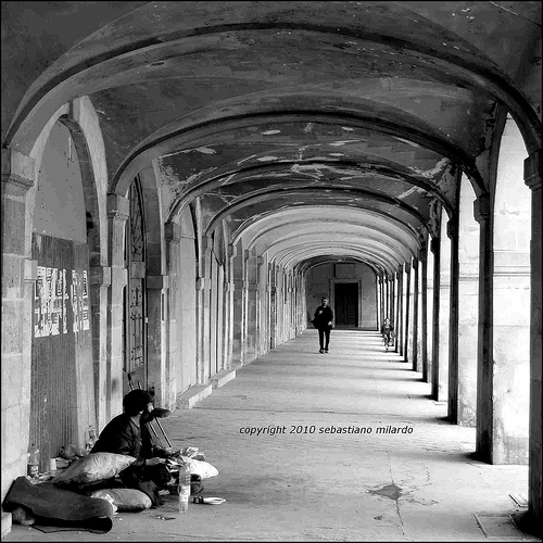 INDIFFERENCE - Paris 2010 -
